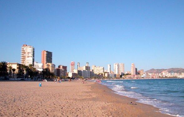 Испанские пляжи закрылись