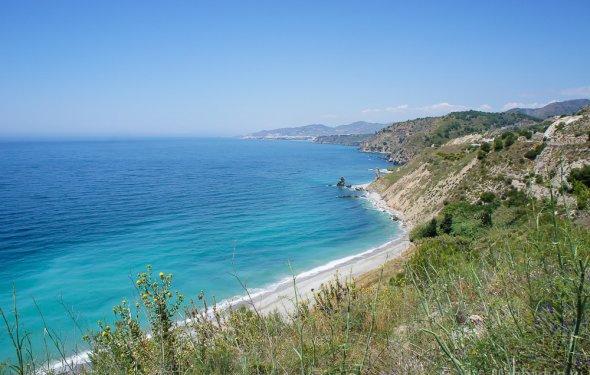 дикие пляжи Испании